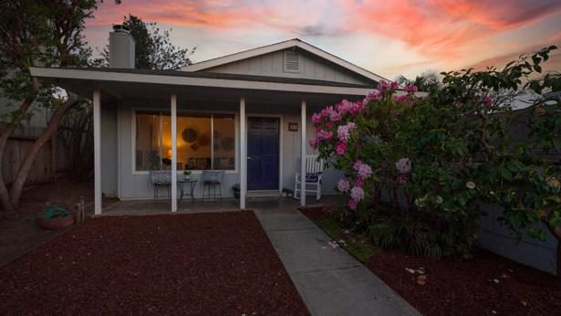 Single Family Home - LA SELVA BEACH, CA