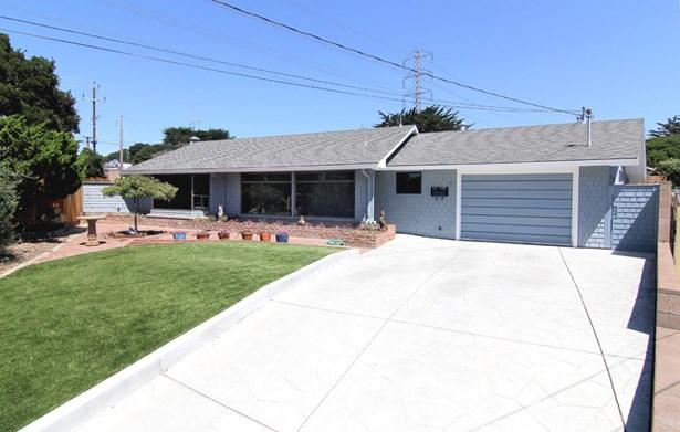 Single Family Home - DEL REY OAKS, CA