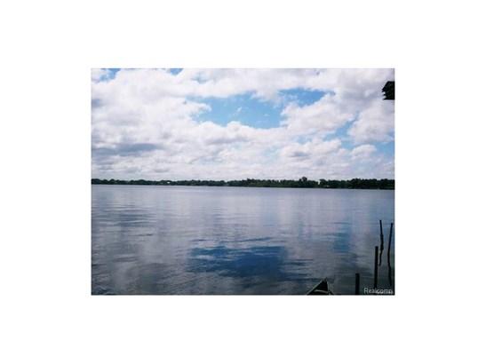 Photo A (photo 1)