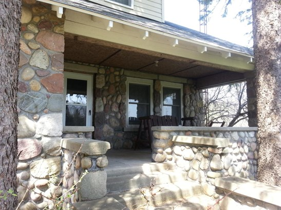Front Porch Stone House (photo 2)