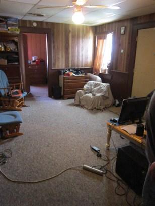 Apartment 2 (photo 5)