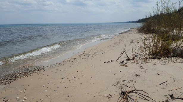 12 Sandy Beach S (photo 3)