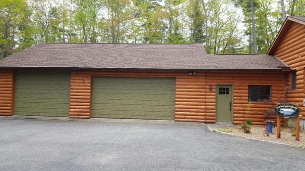 3-Car garage and Workshop (photo 2)