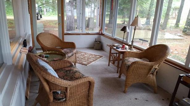 3 Seasons Porch (photo 5)