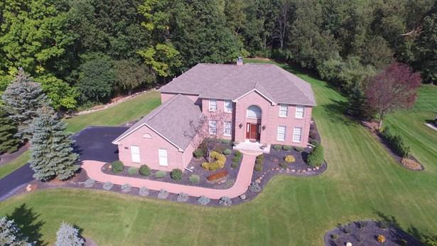 Drone Estate Picture (photo 4)