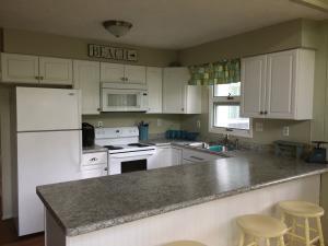 Kitchen Again (photo 3)