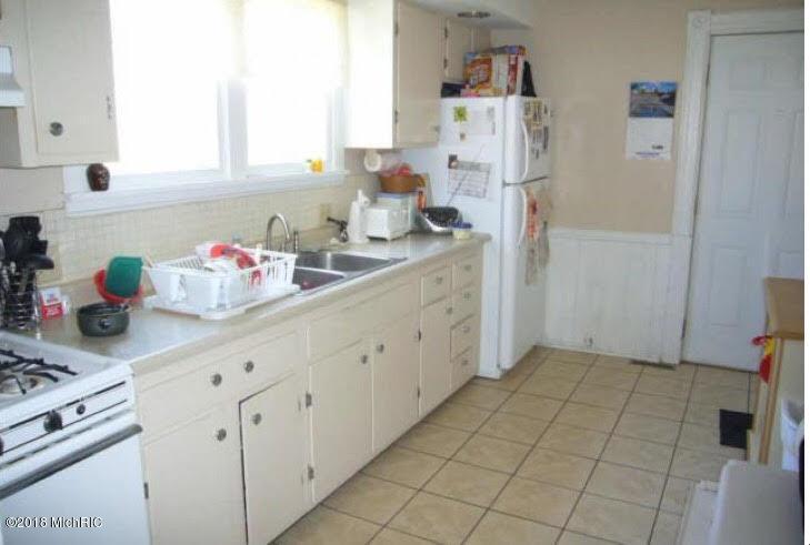 410 Bidwell Kitchen (photo 2)