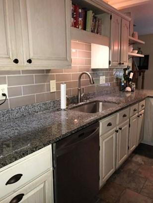 Kitchen Again (photo 4)
