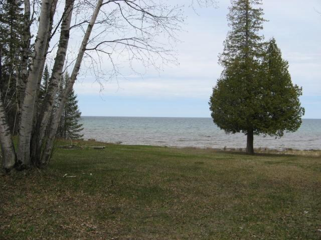 Grassy Lakefront Lot (photo 1)