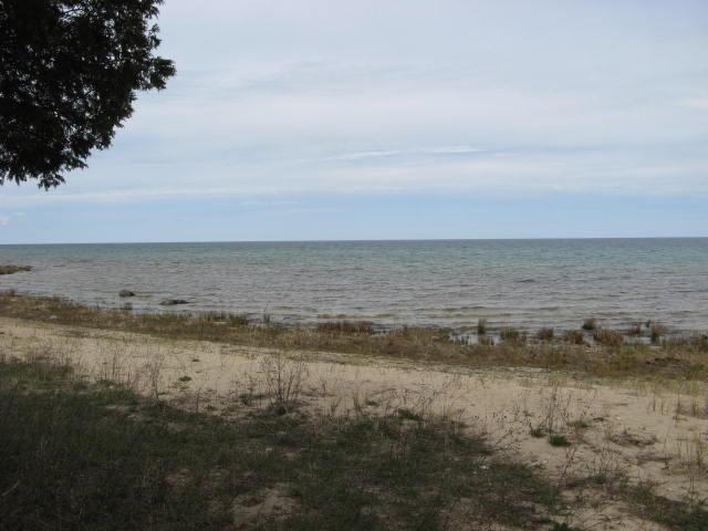 Lake Huron Shore (photo 2)