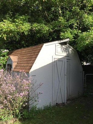 Shed (photo 3)