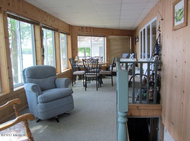3 season porch (photo 5)