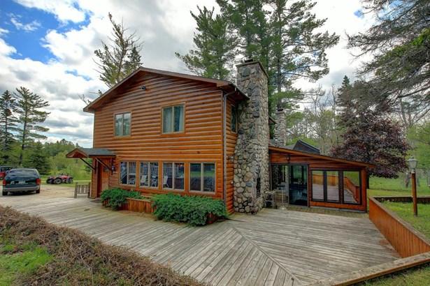 Main Lodge (photo 1)