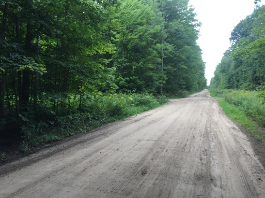 Cross Road Location (photo 4)