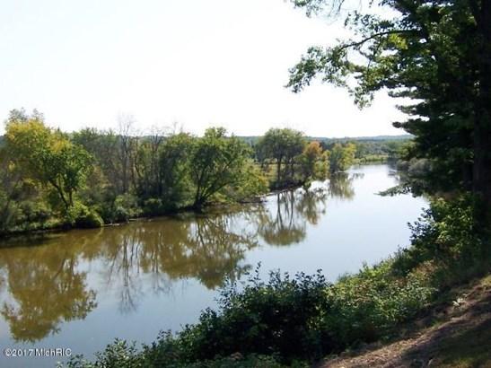 River Main (photo 2)
