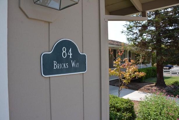 84 Bricks Way, Hollister, CA - USA (photo 3)