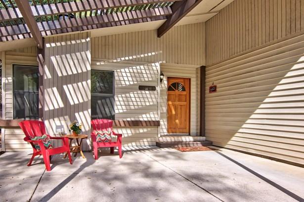 12829 Roadrunner Drive, Penn Valley, CA - USA (photo 2)