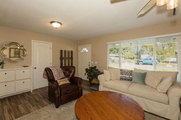 286 Obermeyer Avenue, Gridley, CA - USA (photo 2)