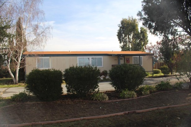 9300 Kern Avenue, Gilroy, CA - USA (photo 1)