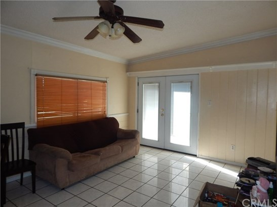 8166 Windsor Avenue, Hesperia, CA - USA (photo 3)