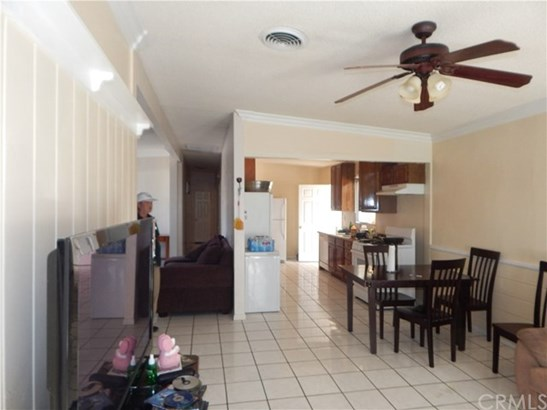 8166 Windsor Avenue, Hesperia, CA - USA (photo 4)