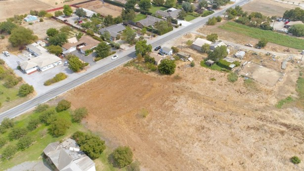 13495 Columbet Avenue, San Martin, CA - USA (photo 5)