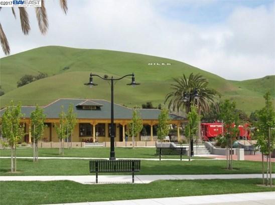 146 Sycamore St, Fremont, CA - USA (photo 5)