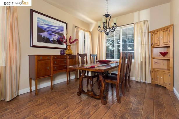 1047 Meadowgate Way, Brentwood, CA - USA (photo 4)