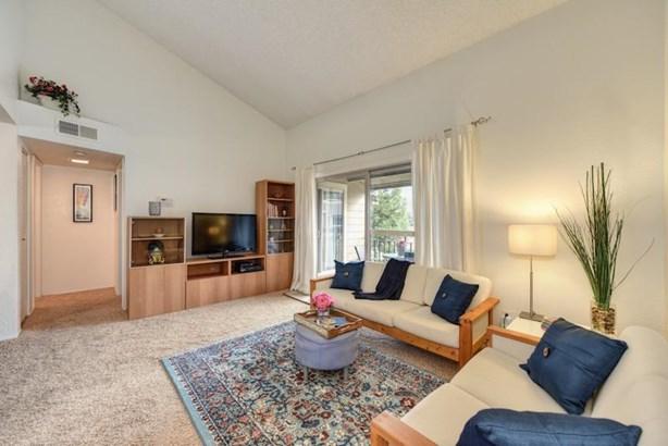 9160 Madison Avenue 70, Fair Oaks, CA - USA (photo 2)