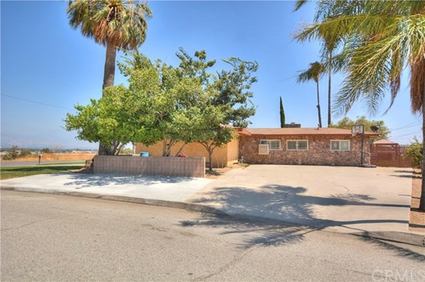 1040 Terrace Road, San Bernardino, CA - USA (photo 5)