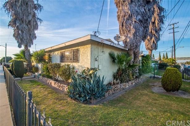 1421 S Willowbrook Avenue, Compton, CA - USA (photo 1)