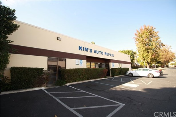 9333 9th Street, Rancho Cucamonga, CA - USA (photo 2)