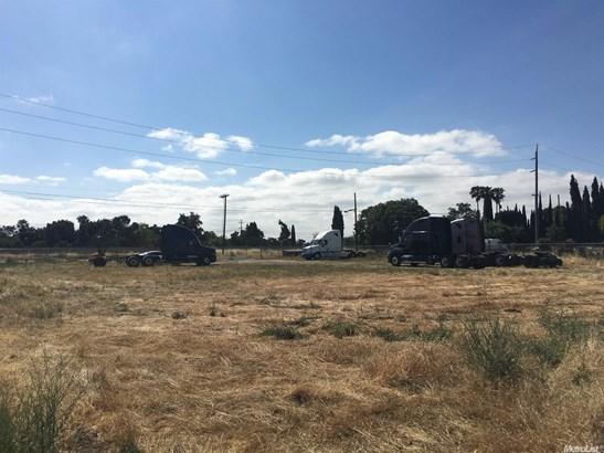 12 East Hurd Road, French Camp, CA - USA (photo 1)