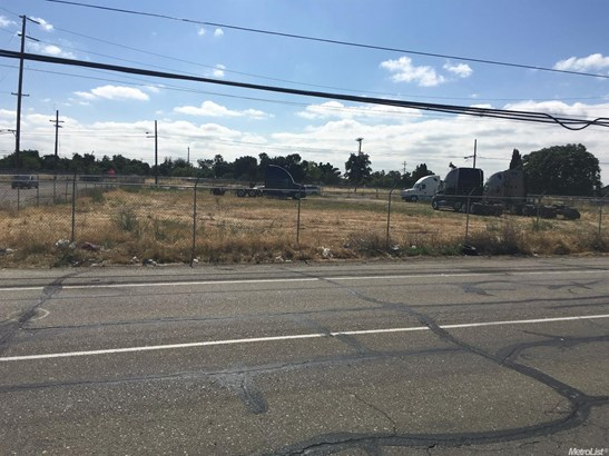 12 East Hurd Road, French Camp, CA - USA (photo 3)