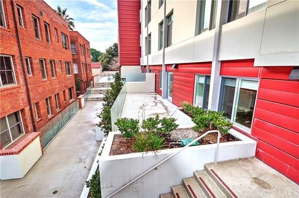 133 S Los Robles Avenue 208, Pasadena, CA - USA (photo 3)