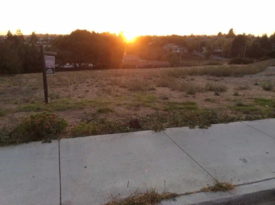 1037 Freedom Blvd., Watsonville, CA - USA (photo 3)