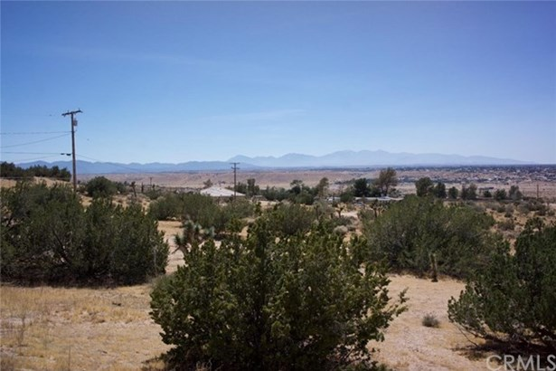 20231 Valley Ridge Road, Apple Valley, CA - USA (photo 2)