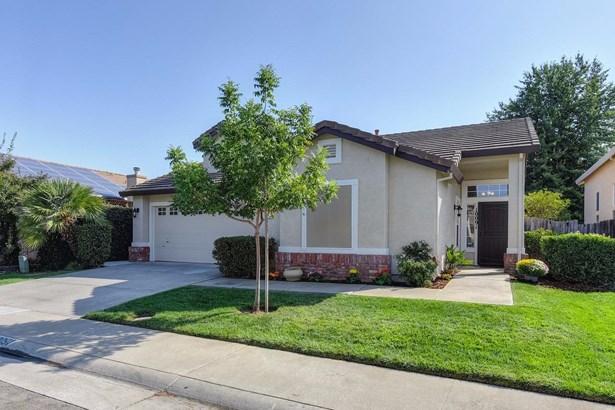 10091 Brighton Oaks Court, Elk Grove, CA - USA (photo 1)