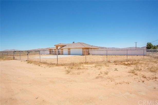 16141 Quinnault Road, Apple Valley, CA - USA (photo 1)