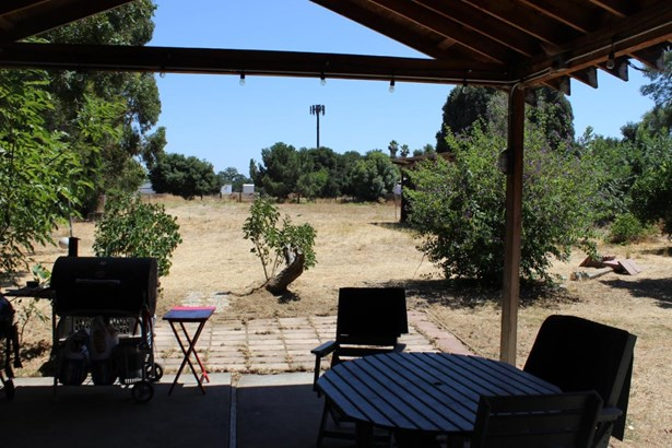 2370 Dryden Avenue, Gilroy, CA - USA (photo 5)