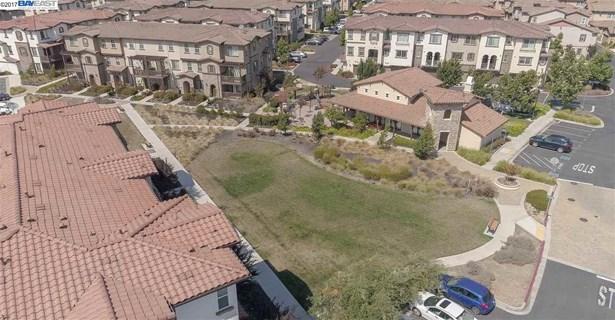 5981 Tan Oak Dr, Fremont, CA - USA (photo 2)