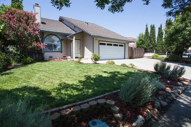 1092 Peppertree Drive, Fairfield, CA - USA (photo 2)