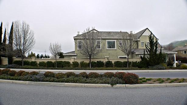 18605 Arguello Avenue, Morgan Hill, CA - USA (photo 5)
