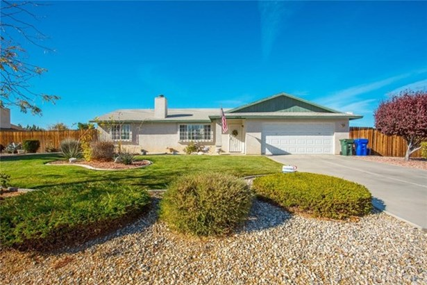 12270 Kenora Road, Apple Valley, CA - USA (photo 1)