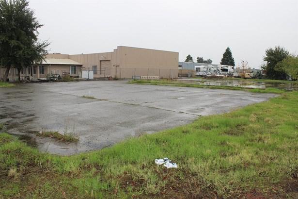 3420 Industrial Drive, Yuba City, CA - USA (photo 2)
