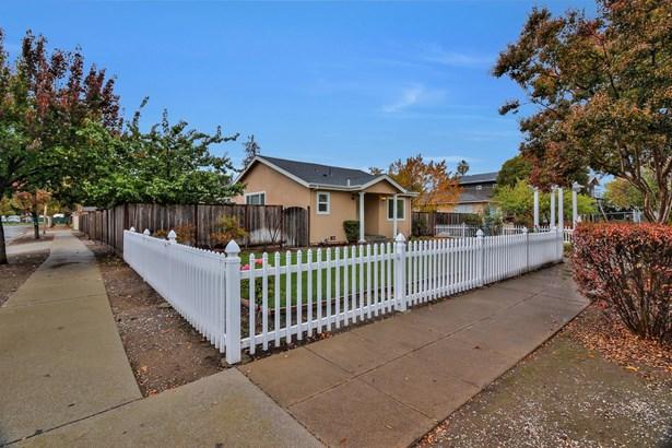 7307 Chestnut Street, Gilroy, CA - USA (photo 1)