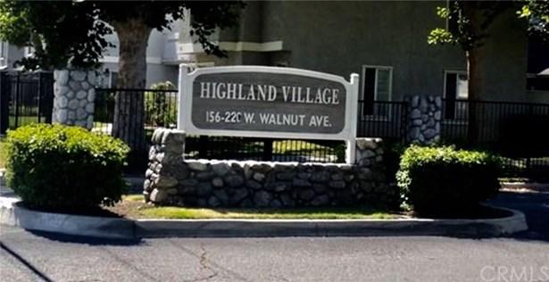 220 W Walnut Avenue C, Rialto, CA - USA (photo 1)