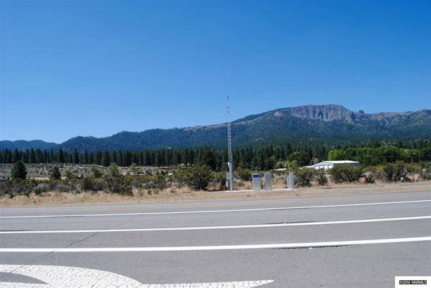 711-711 Sears Road, Janesville, CA - USA (photo 1)