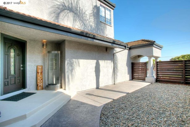 2803 Cherry Hills Dr, Discovery Bay, CA - USA (photo 3)