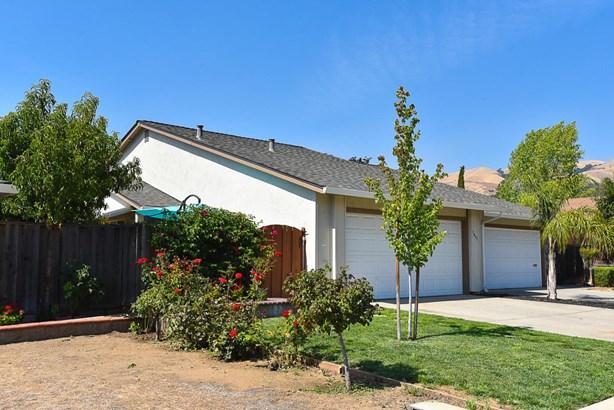 3435 Youngs Circle, San Jose, CA - USA (photo 1)